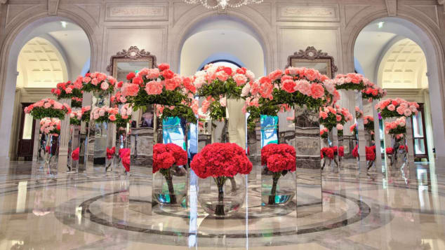 Power blooms in the lobby of the Four Seasons George V. Paris delight the senses.