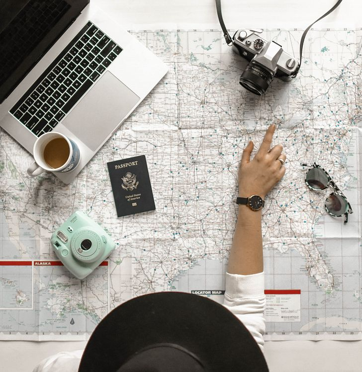 12 Hrs is a perfect travel blog for travelers taking short trips. Image credit: Photo by Element5 Digital on Unsplash