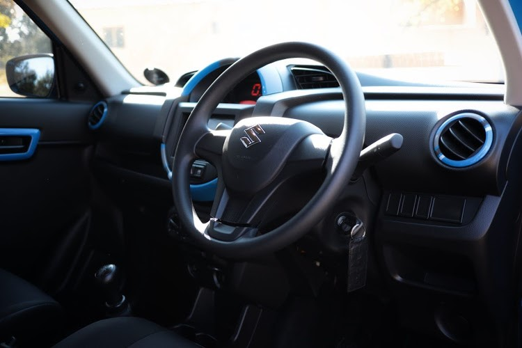 Interior is well equipped and aesthetically pleasing. A tachometer would be nice though.