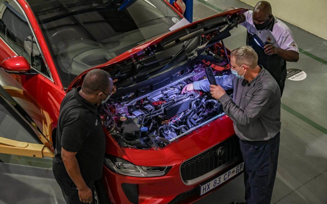 Jaguar Land Rover Partners With AA